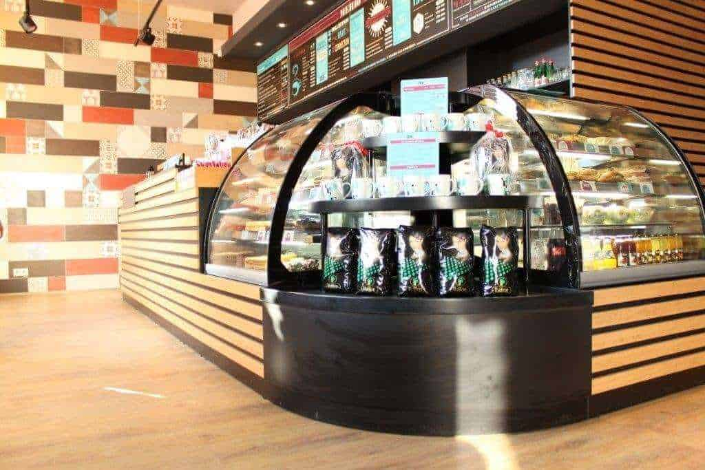 Торговое оборудование для очередного кафе сети StarHit