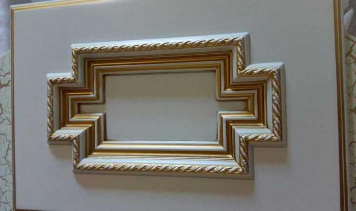 Изготовлен образец сложного фасада для мебели в стиле раннего барокко