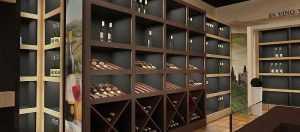 Дизайн пристенных стеллажей для алкоголя