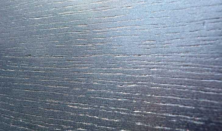 Черная морилка с эффектом «Жемчуг»