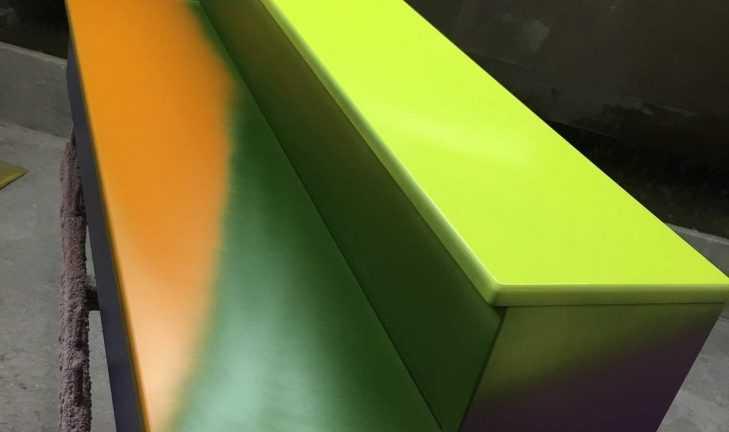 Покраска ступеней для детского сада
