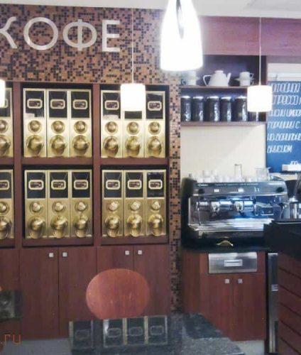 Витрина для продажи кофе